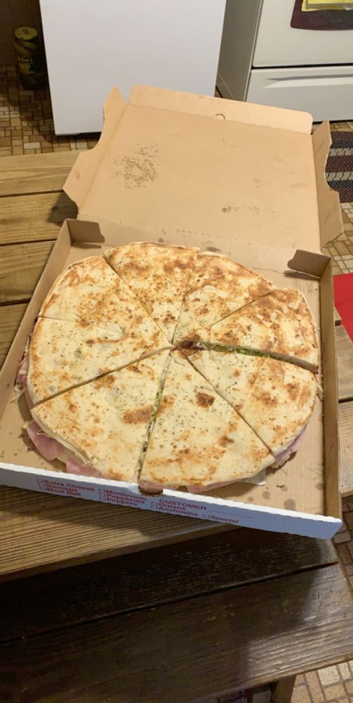Benny's Pizza: 121 Forge Rd, Boiling Springs, PA