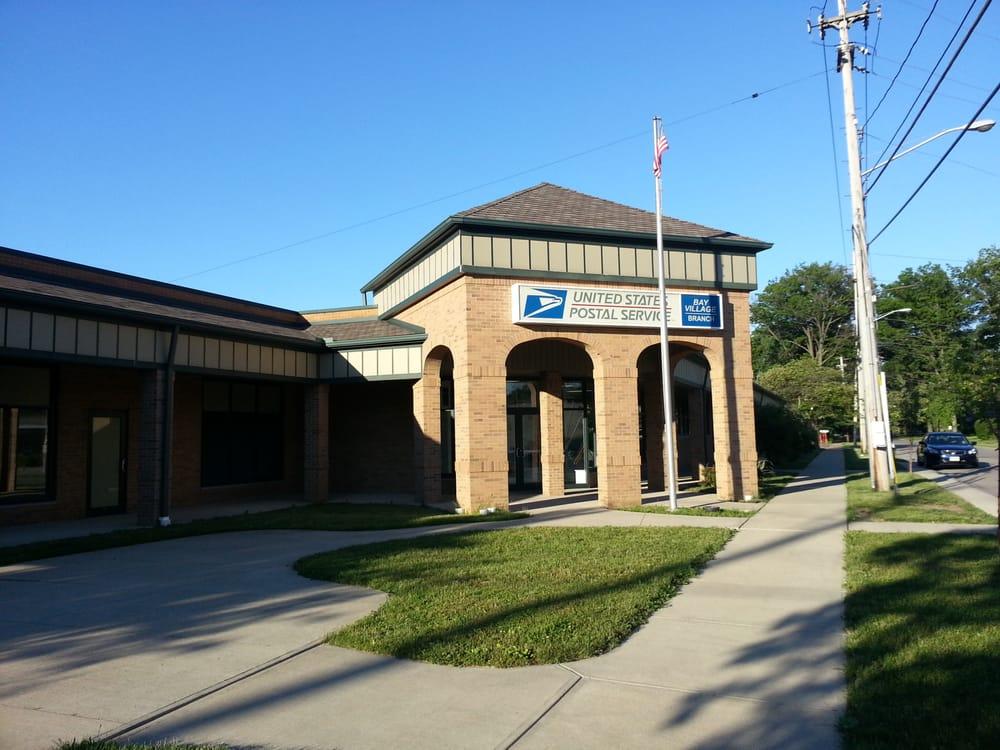 USPS: 27106 E Oviatt Rd, Bay Village, OH