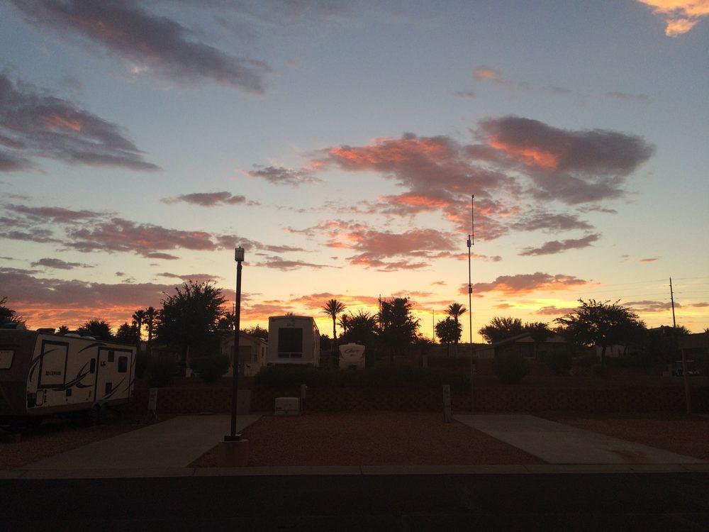 Desert Skies RV Resort: 350 E Hwy 91, Mesquite, NV