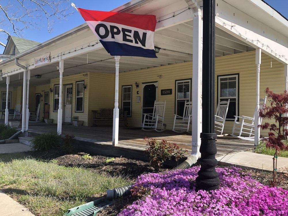 Driftaway Cafe: 947C E Gibbsboro Rd, Lindenwold, NJ