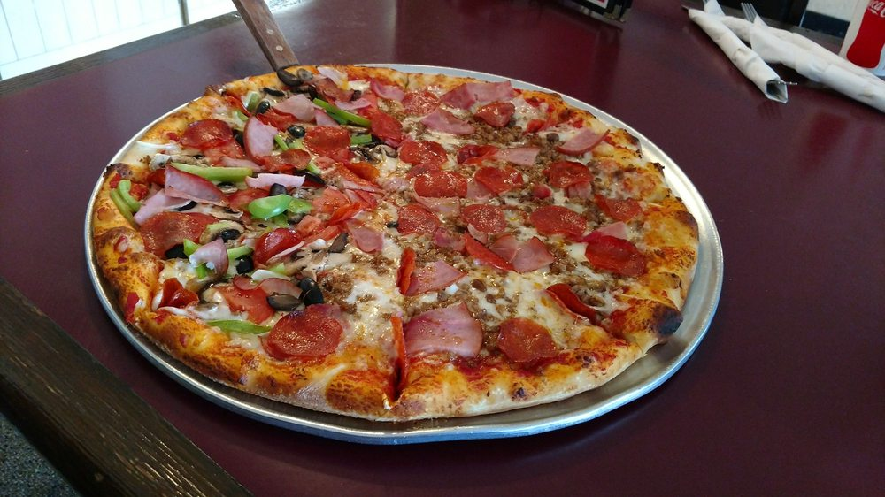 Brickhouse Pizzeria: 820 Main St, Silt, CO
