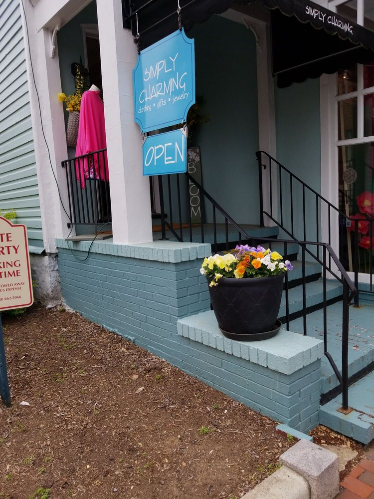 Photo of Simply Charming Boutique: Winchester, VA