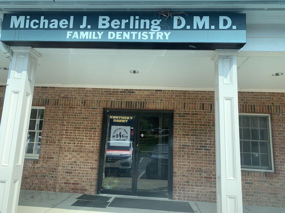 Michael J Berling, DMD: 1671 Park Rd, Covington, KY