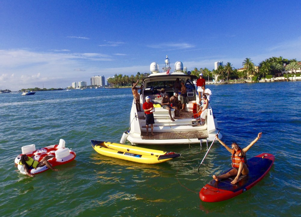 Boat Me: 407 Lincoln Rd, Miami Beach, FL