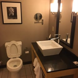 Bathroom Sinks Baton Rouge doubletreehilton hotel baton rouge - 27 photos & 32 reviews