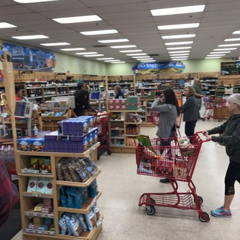 trader joes    reviews grocery   grant  st cyrils tucson az phone