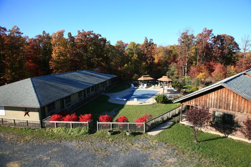 Penmerryl Farm: 273 Penmerryl Dr, Greenville, VA