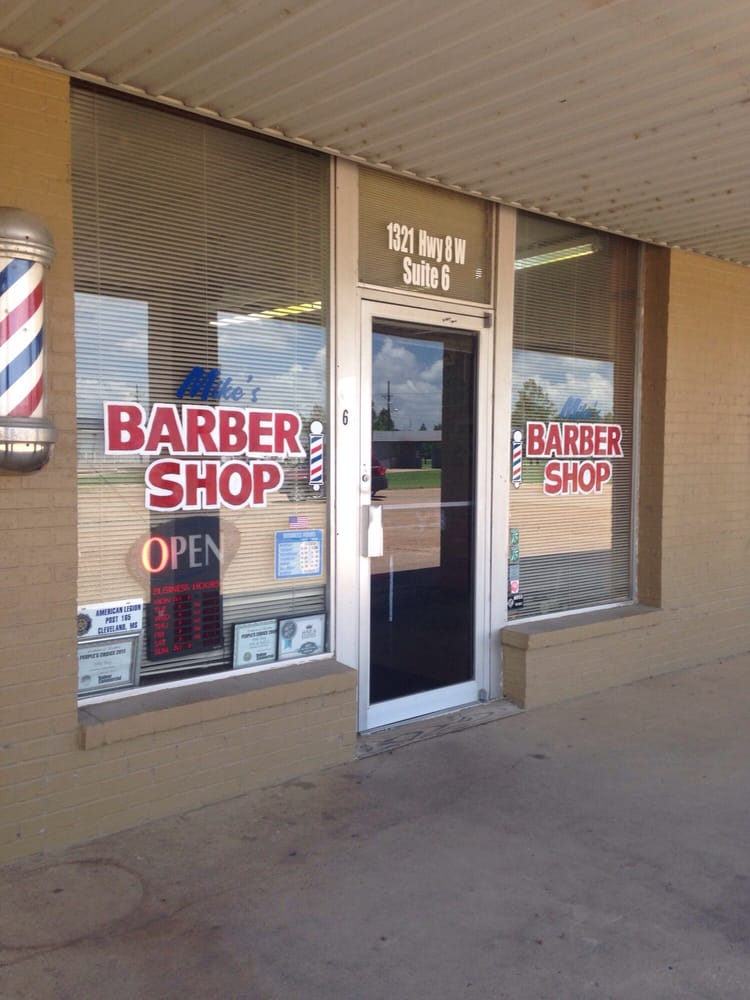 Mike & Eddie's Barber Shop: 1321 W Hwy 8, Cleveland, MS