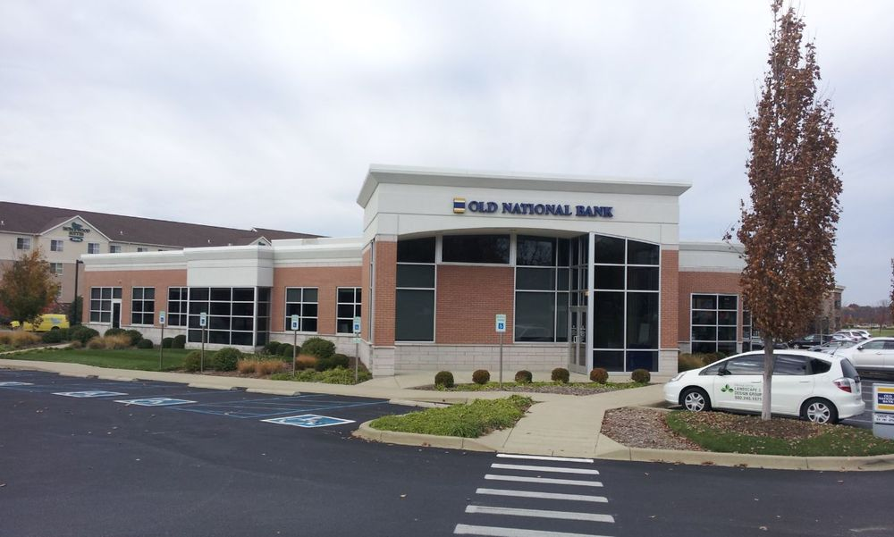 Old National Bank: 400 N Hurstbourne Pkwy, Louisville, KY