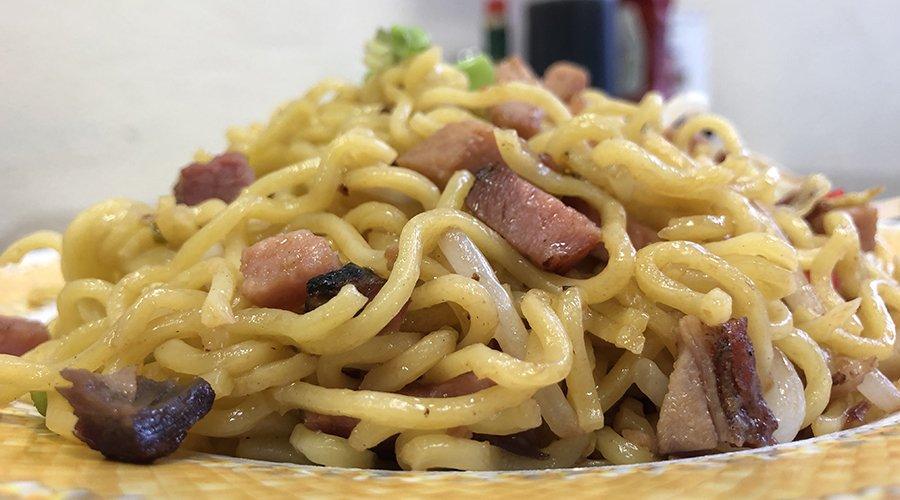 Café Kalawe: 46-005 Kawa St, Kaneohe, HI