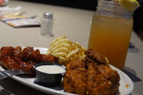 Pluckers Wing Bar - 239 Photos & 338 Reviews - Chicken Wings