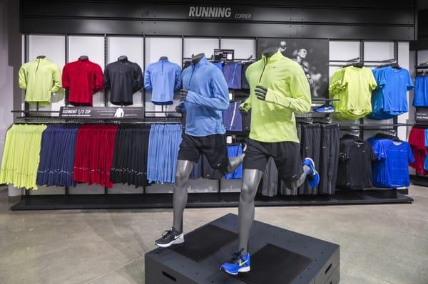 4769ecbcf77 Nike Clearance Store 300 Fashion Way Space A002 Burlington, WA Shoe ...