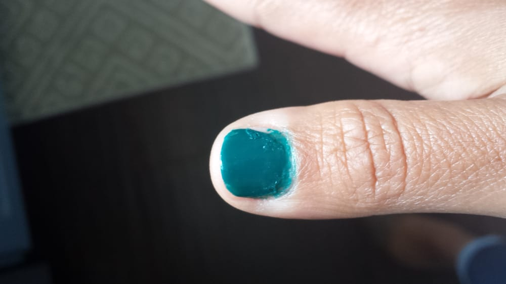 Terrible polish!! It was thick and chunky and she still applied it ...