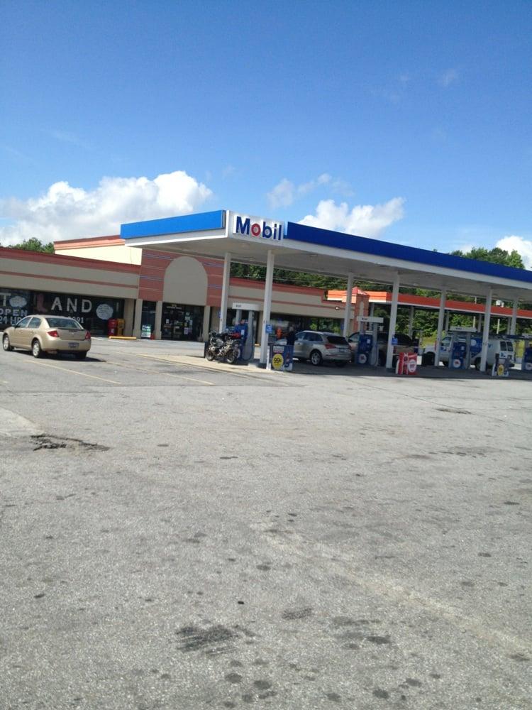 Bubba's Travel Stop: 272 Herring Rd, Fair Play, SC