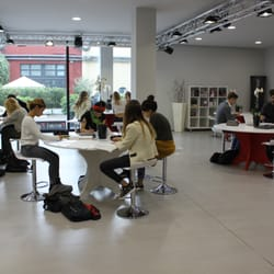 Ferrari fashion school universit via savona 97 porta for Milano fashion school