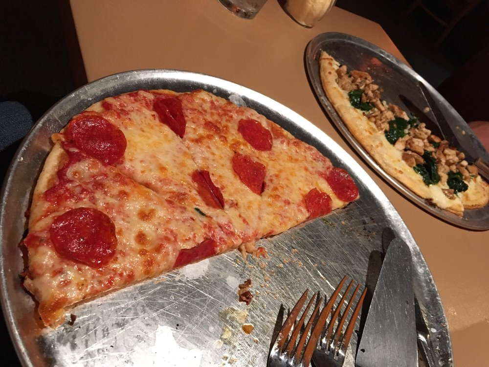Rania's Restaurant Bar and Grill: 147 E Main St, Martinsville, VA