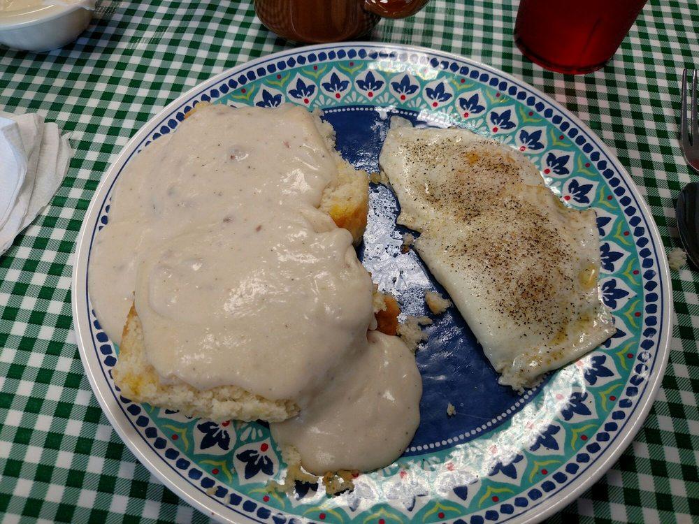 Southern Restaurant: 408 E Elk Ave, Elizabethton, TN