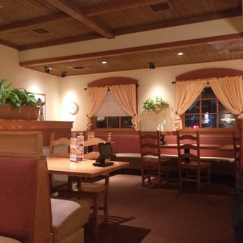 Olive garden italian restaurant 41 photos 28 reviews italian 7609 ne zac lentz pkwy for Call the olive garden