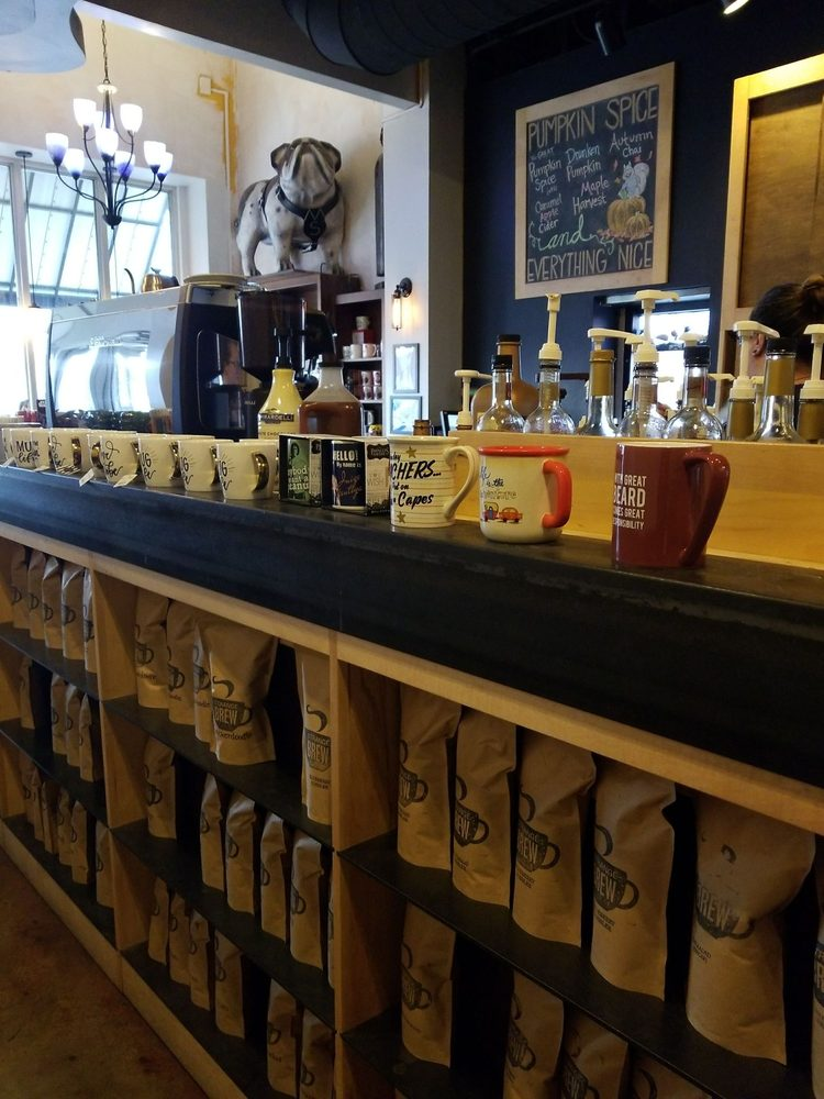Strange Brew Coffeehouse: 605 Hwy 12, Starkville, MS