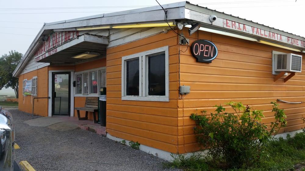 Taqueria Vallarta Karne City: 202 E Highway 123, Karnes City, TX