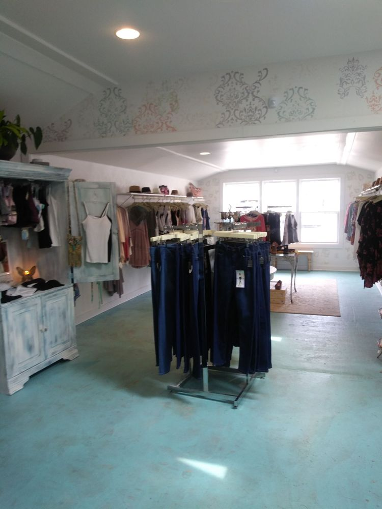 Lola Blu Boutique
