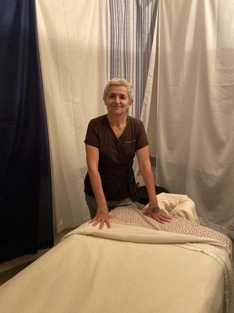 Massage Gardens: 4630 Richmond Rd, Warrensville Heights, OH