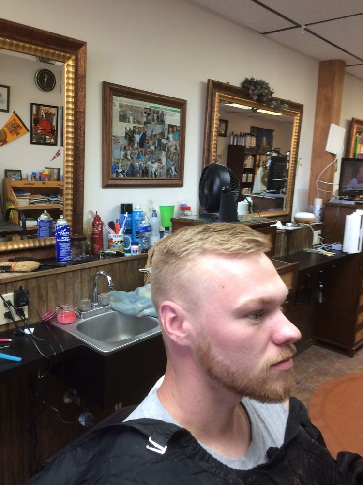 Z's Barber Shop: 5510 Pearl Rd, Cleveland, OH