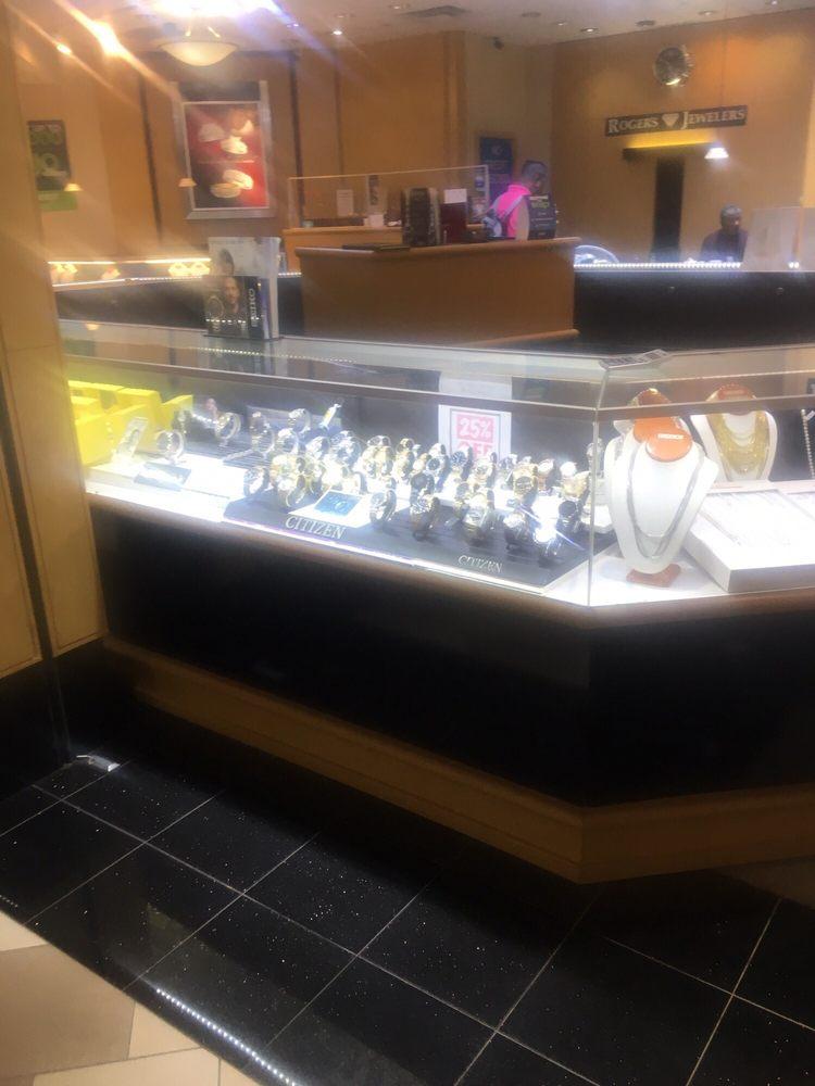 Roger's Jewelers: 9501 Arlington Expy, Jacksonville, FL