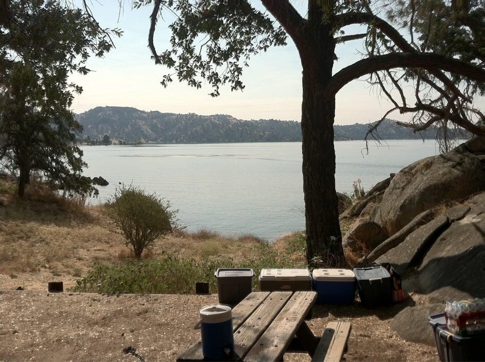 Photos for millerton lake state recreation area campground for Millerton lake fishing