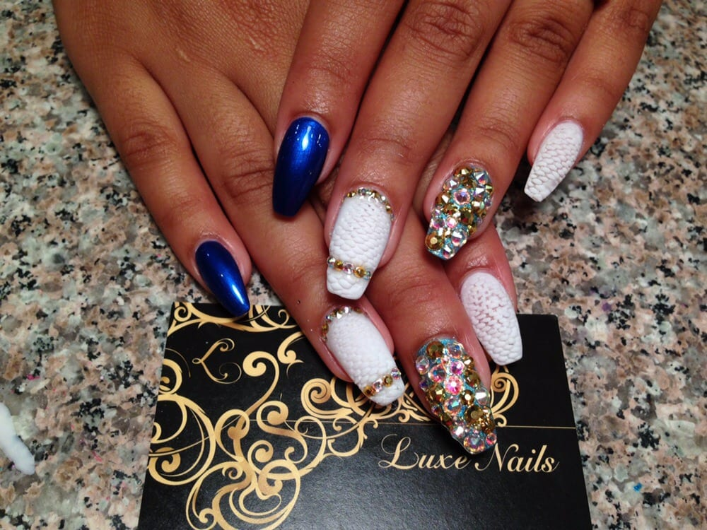 Luxe Nails - 39 Photos & 49 Reviews - Nail Salons - 337 W Girard Ave ...