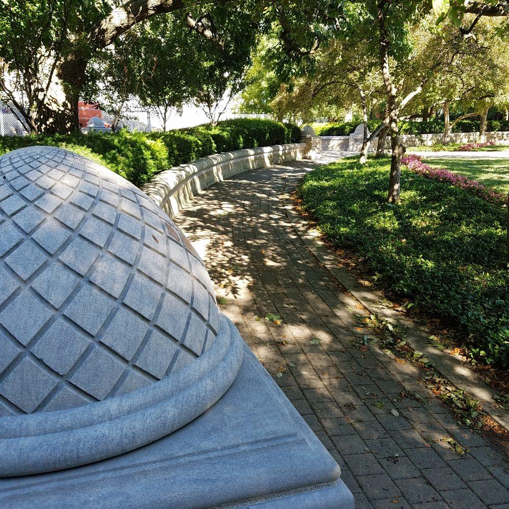 Engineering Fountain: 610 Purdue Mall, West Lafayette, IN
