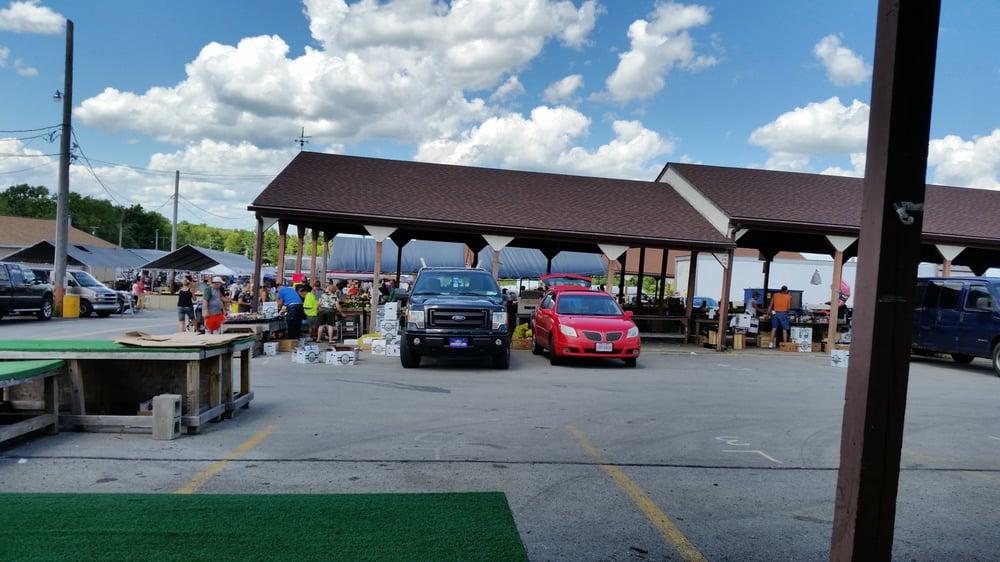 Four Seasons Flea Market: 3000 McCartney Rd, Youngstown, OH