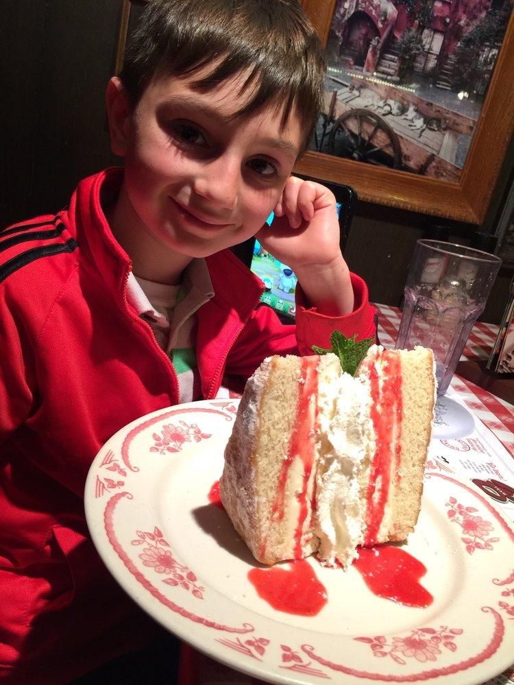 Restaurants Italian Near Me: Italian Cream Cake