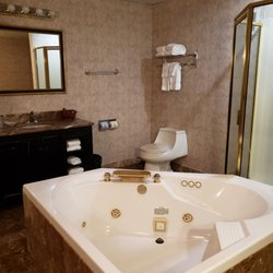Crowne Plaza Pensacola Grand - 135 Photos & 78 Reviews - Hotels