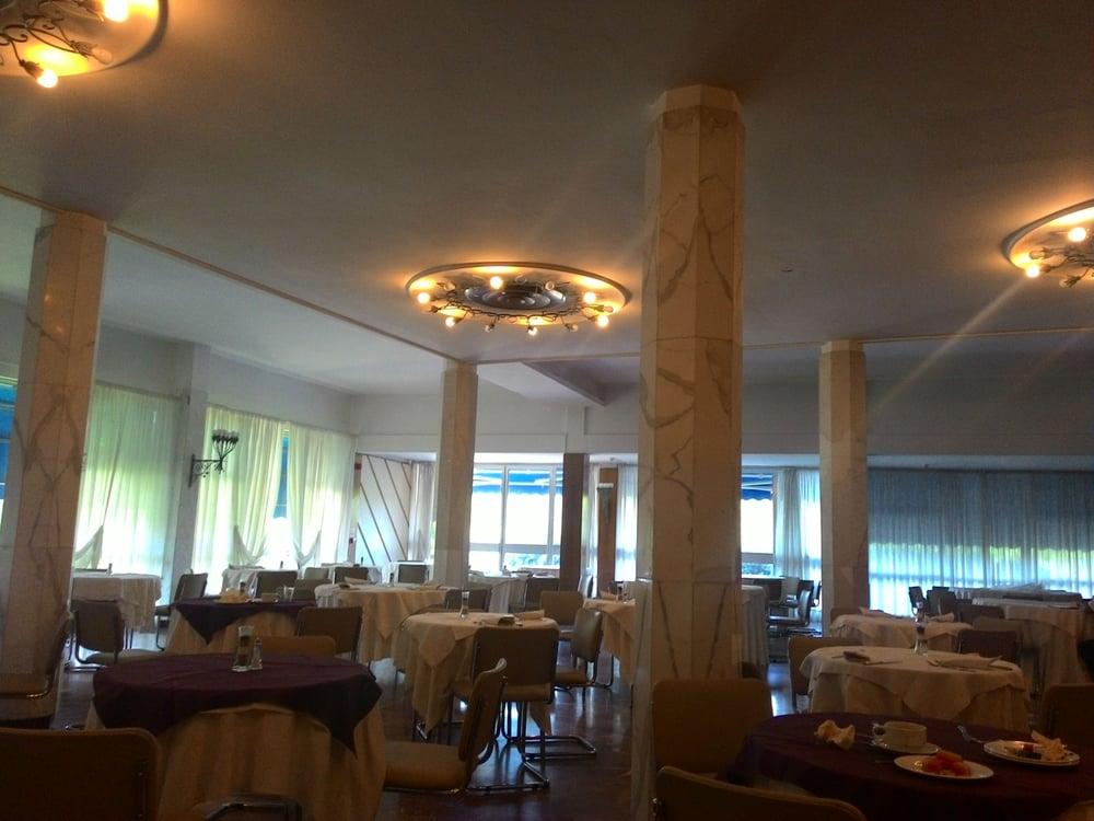 Grand hotel golf via delledera tirrenia 29 pisa italy