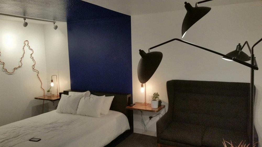 Skyfall Guestrooms: 1710 E Main St, Green River, UT