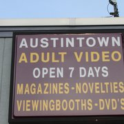 Summit adult theater in warren ohio