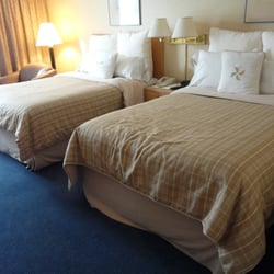 four points by sheraton vancouver airport 19 photos. Black Bedroom Furniture Sets. Home Design Ideas