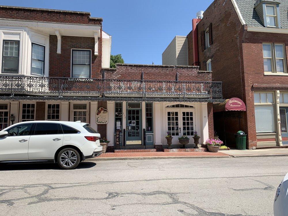 Missouri Bluffs Boutique: 512 Main St, Weston, MO