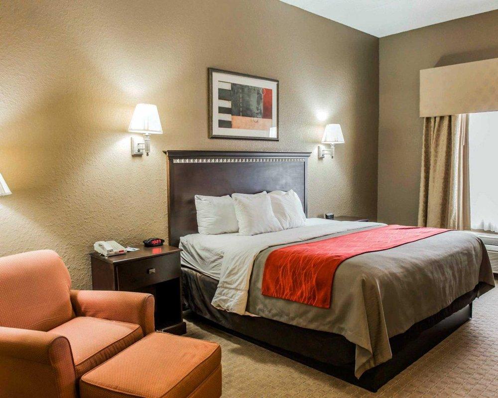 Comfort Inn & Suites Marianna I-10: 2214 Hwy 71, Marianna, FL