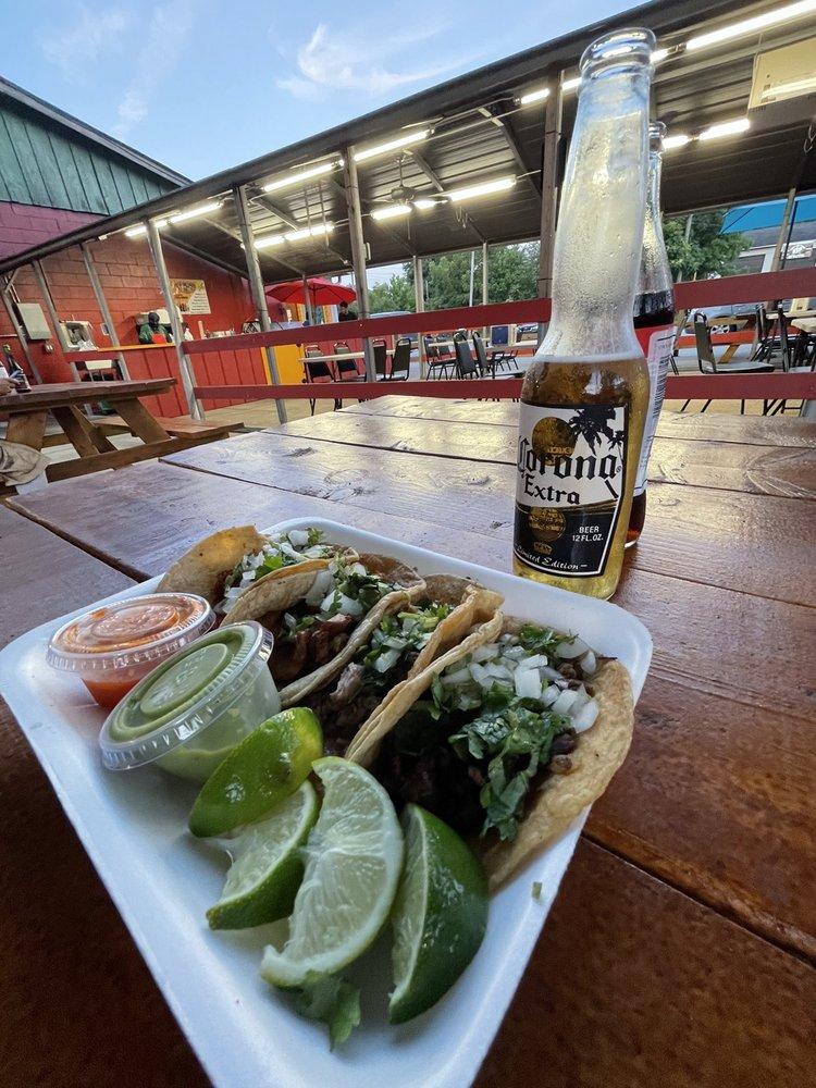 Taco Man: 269 Greenville St S, Newnan, GA