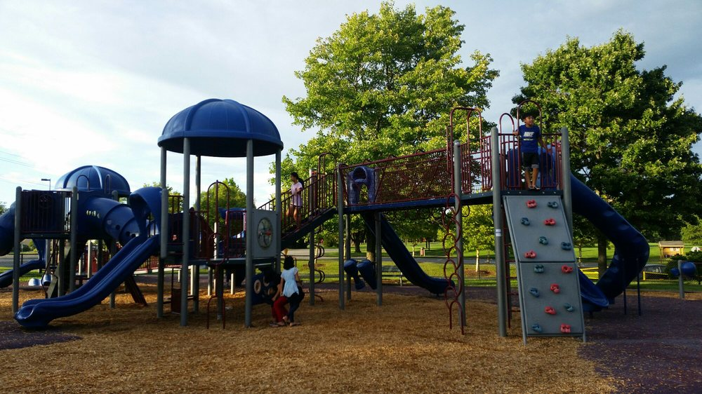 South Germantown Recreational Park: 18041 Central Park Cir, Boyds, MD