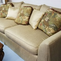 Photo Of A Womanu0027s Touch Consignment Furniture   Milton, DE, United States