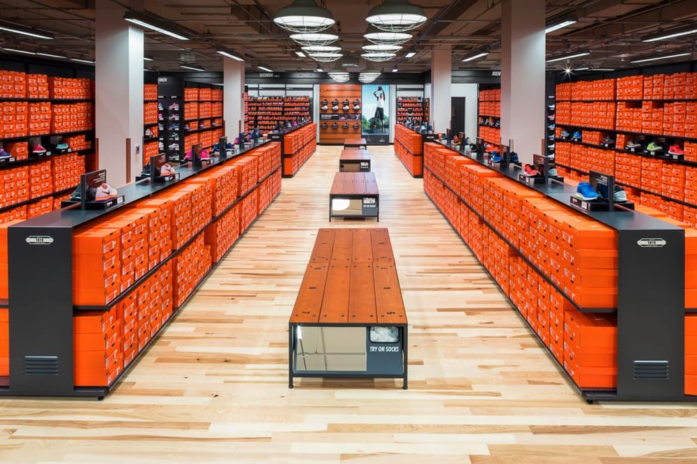 Nike Factory Store: 300 Tanger Blvd, Branson, MO