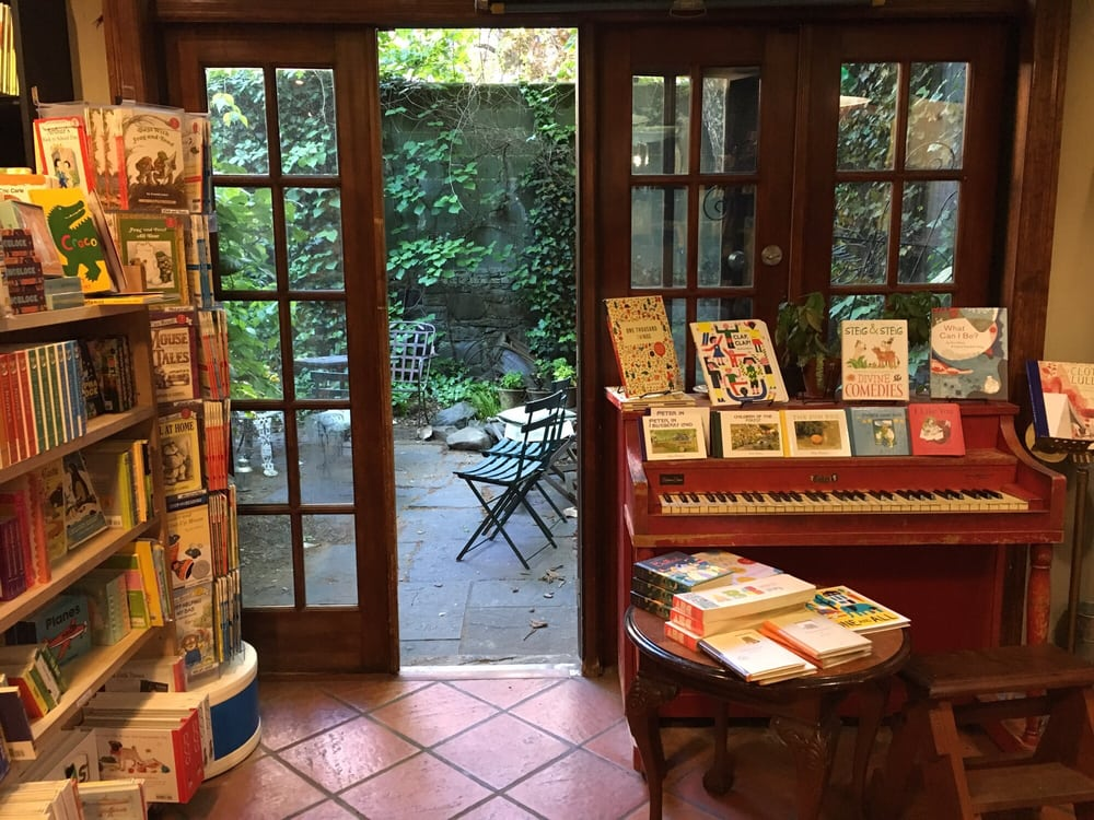 Community Bookstore: 143 7th Ave, Brooklyn, NY