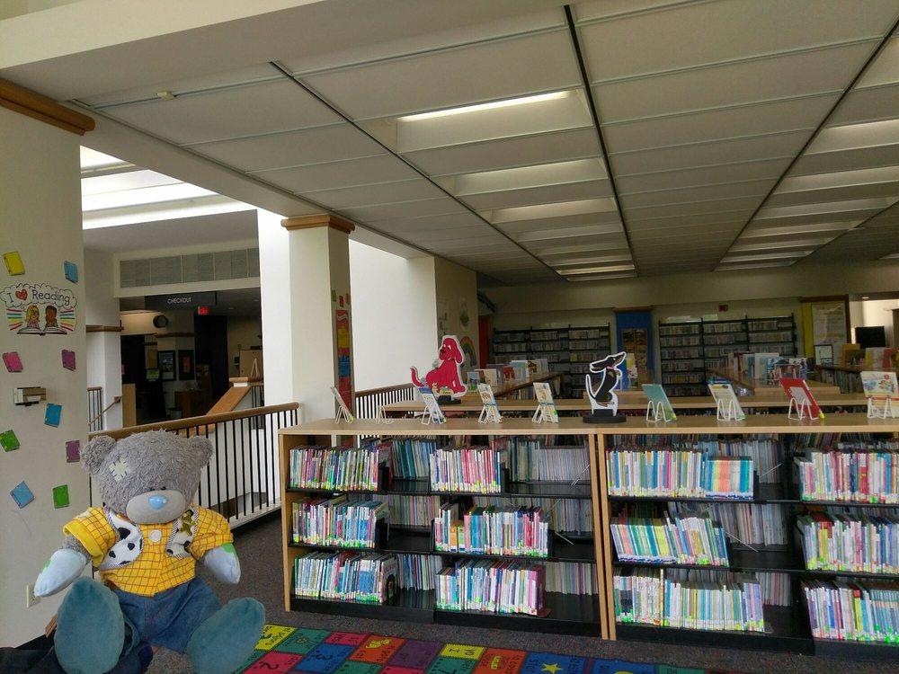 Farmers Branch Manske Library