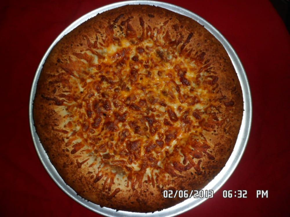 Cavin St. Pizzeria: 316 S Cavin St, Ligonier, IN