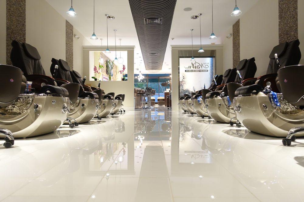 Luxe Nail Bar - 33 Photos & 60 Reviews - Nail Salons - 212 S 40th St ...