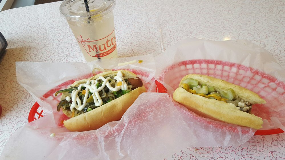 Mutts Hot Dogs Edmond