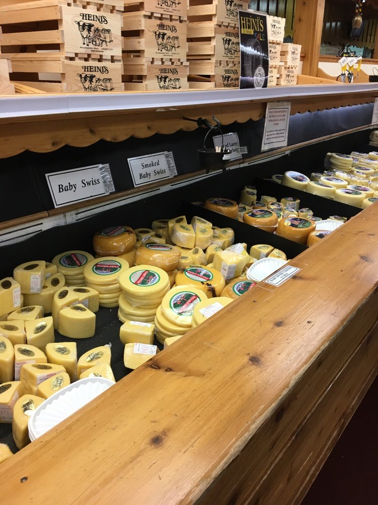 Heini's Cheese Chalet: 6005 County Rd 77, Millersburg, OH